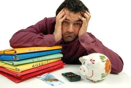 Fotolia_45755504_XS Pourquoi le rachat de crédits augmente votre dette