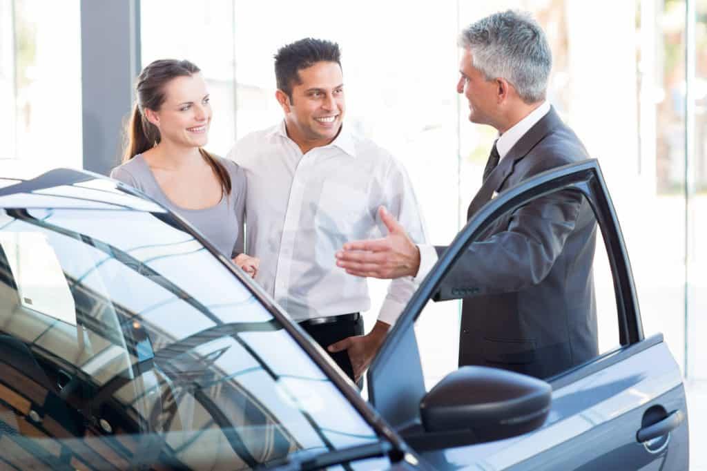 acheter une voiture : loa ou crédit auto ?