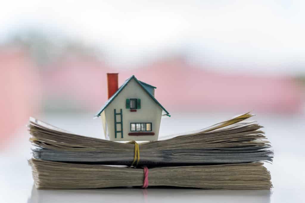 Taux de pr t sur 15 ans 0 95 a vaut la peine d for Achete maison cash